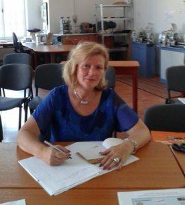 Ec. Dana Botezan